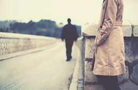 彼女に理由を言わずにいきなり別れ話を持ち出す彼氏の心理とは?